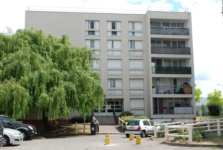 Mairie de chennevières logement